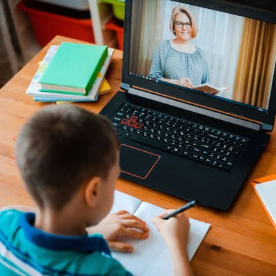 How Technology Can Assist Education Right Now